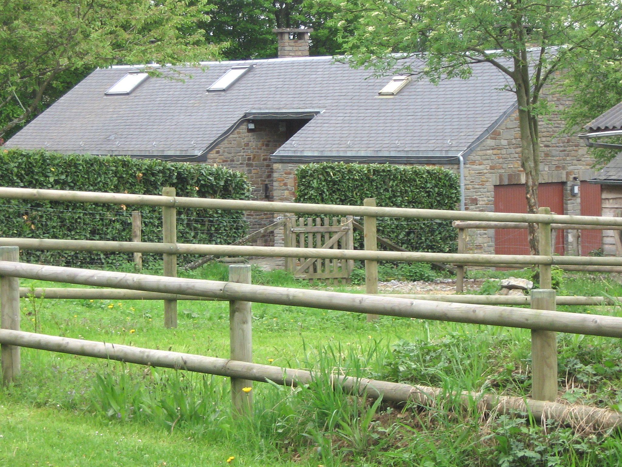 equestrian equiplent fences obstacle bar box for horses. Black Bedroom Furniture Sets. Home Design Ideas